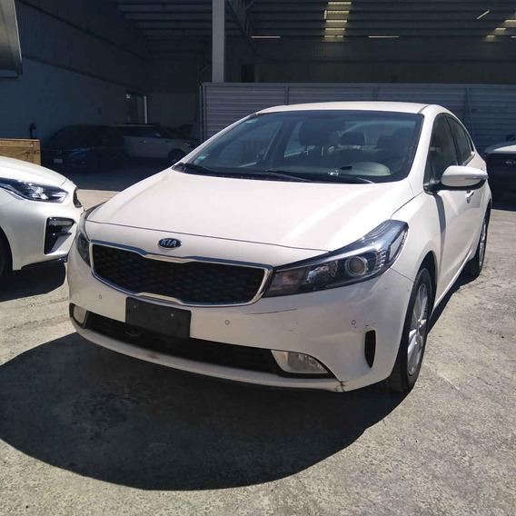 Kia Forte Sedan 2018 4 Pts. Ex, Tm6, A/ac., Bl, Cmara R