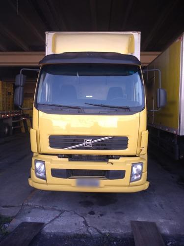 Volvo Vm 260 Cabine Leito Truck Baú Com Plataforma