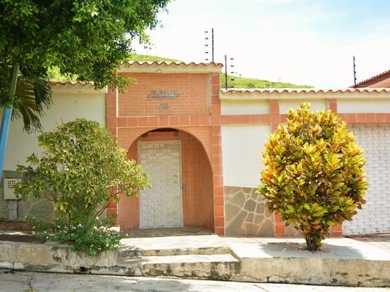 Sky Group Atenea Vende Casa En Carialinda Atc-418