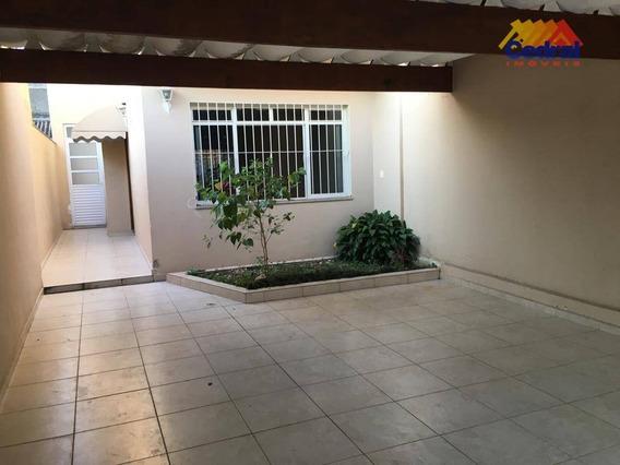 Sobrado Com 3 Dormitórios Para Alugar, 250 M² Por R$ 2.500/mês - Vila Mogilar - Mogi Das Cruzes/sp - So0411