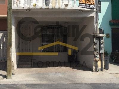 Casa De Venta Fraccionamiento Lomas Virreyes En Tijuana B.c.