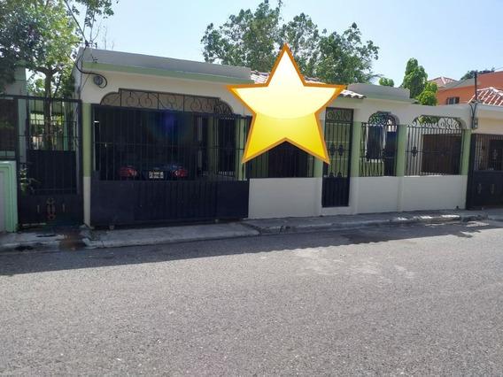 Amplia Casa En San Isidro