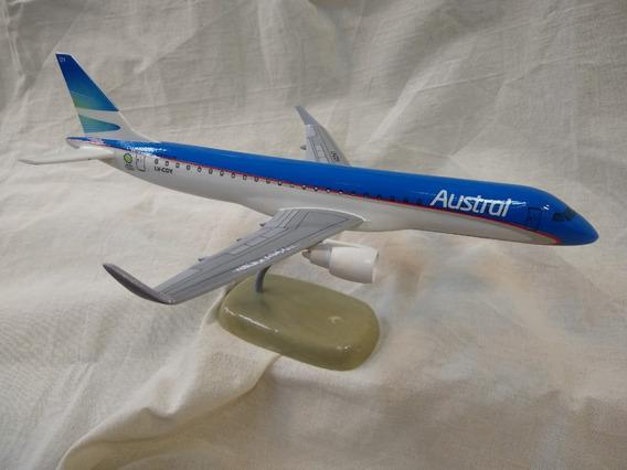 Aviones De Resina Embraer E190 Austral Con Pie