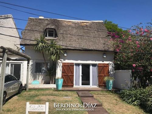 Casa - El Tesoro Cabaña De 2 Dormitorios- Ref: 680