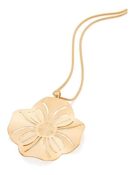 Pingente Formato Flor Com Detalhes Vazados 542185