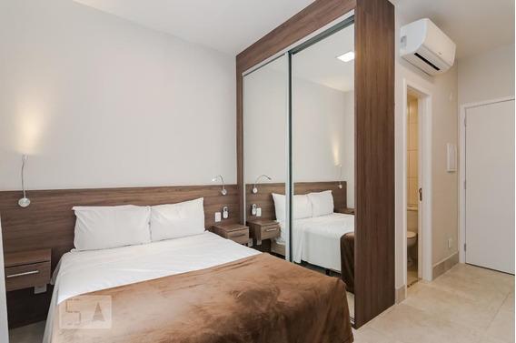 Studio No 4º Andar Mobiliado Com 1 Dormitório - Id: 892968349 - 268349
