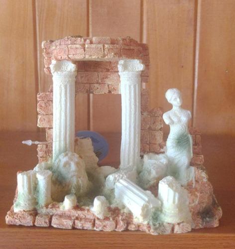 Adorno Para Acuario, Pilares De Roma 15 X 12 Cm