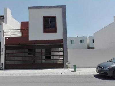 Casa En Renta Col. Almerias Apodaca Nuevo Leon.