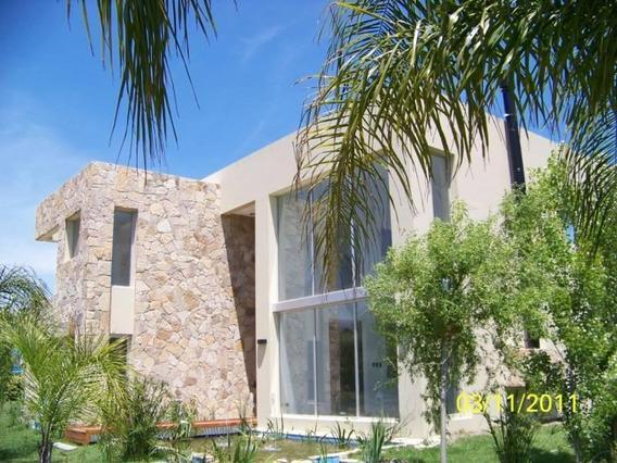 Susana Aravena Propiedades - Casa En Alquiler Anual En Campo Grande