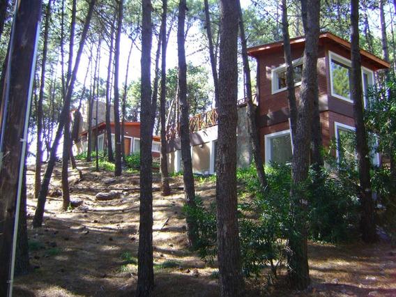 Mar Azul. 2 Casas De 3 Ambientes A 150 Ms. De La Playa.
