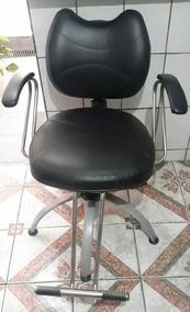 Cadeira Cabeleireiro Barbeiro Hidráulica Usada Em Bom Estado