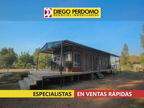 Imagen 1 de 9 de Casa 2 Dormitorios, En Venta. Playa Pascual.