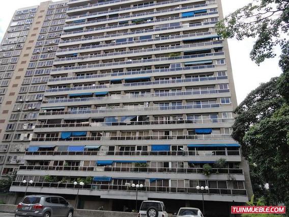 Apartamentos En Venta Rent A House La Boyera 17-9647