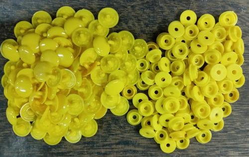 100 Broches A Presion Plastico * 15 Mm * Amarillo * Condal