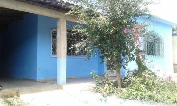 Casa Toda Independente, Casa Com 3 Quartos Sendo 1 Suíte, Banheiro, Sala, Copa, Garagem Pra 3 Carros, Cobertura, Quintal. - 2212