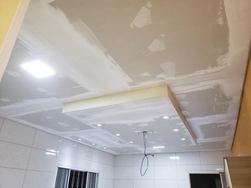 Imagem 1 de 5 de Instalação De Forros E Paredes Em Drywall
