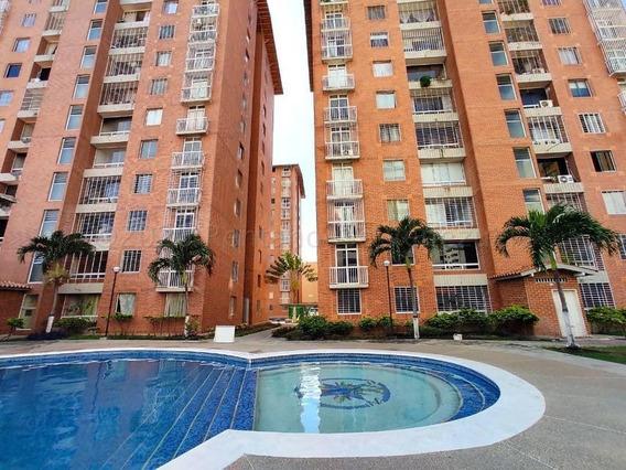 Apartamento En Venta Oeste Barquisimeto 21-8268 A&y