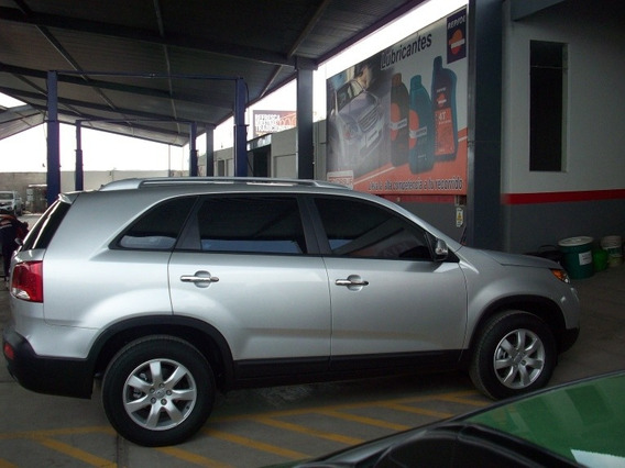 Kia Sorento Full Equipment
