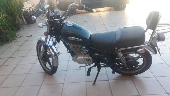 Suzuki Intruder 125cc Custom
