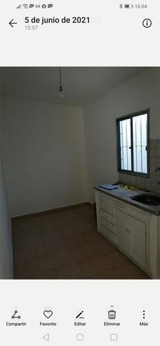 1 Dormitorio, Comedor, Cocina, Baño, Patio,