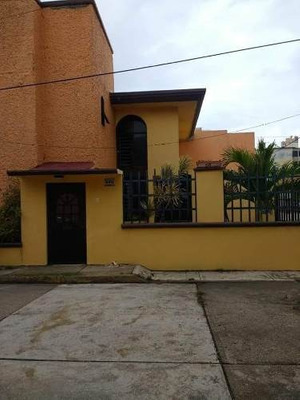 Renta De Casa En Puerto México