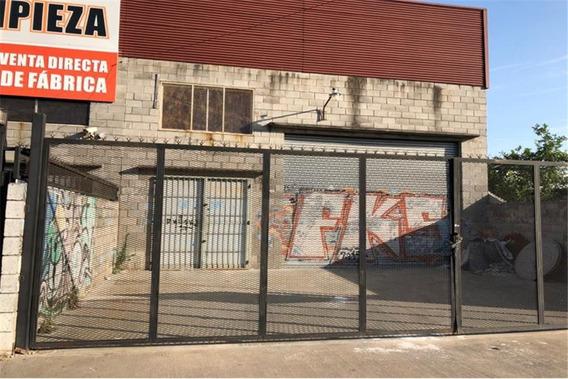 Galpón A Metros De Acc. Oeste - Paso Del Rey