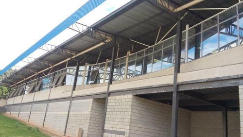 Empresa Chácaras Cotias 6000m² Com 3.000m² Com Área Construida - 3118