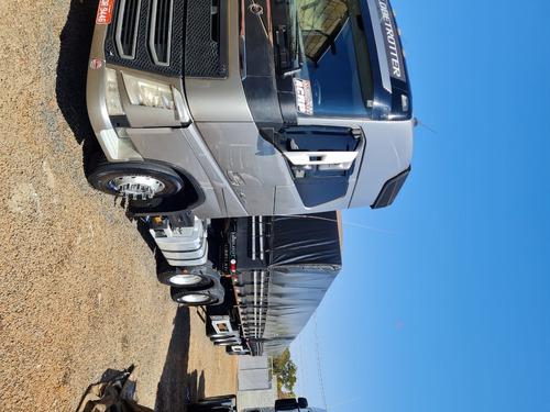 Imagem 1 de 3 de Fh Volvo 540 6x4 Ano 2017