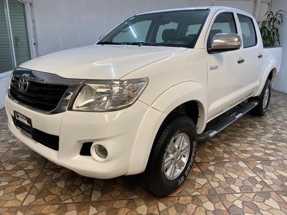 Toyota Hilux Doble Cabina Extremadamente Nueva