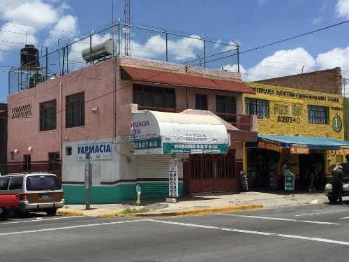 Local Comercial En Esquina Y Muy Bien Ubicado