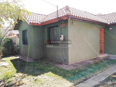 Casa En Arriendo, Av San Carlos