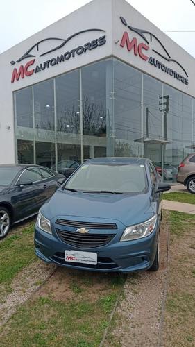 Imagen 1 de 8 de Chevrolet Onix Lt