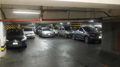 Block De Cocheras 10 (garage Corrientes 1640)