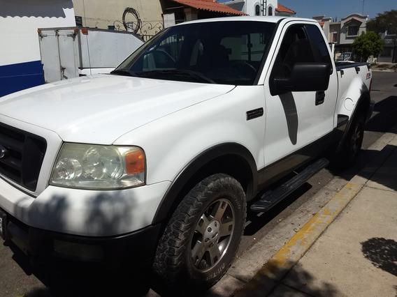 Ford Lobo 4x4 Motor 5.4 Sport Cabina 1/4 4 Puertas Blanca.