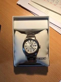 Reloj Seiko Titanium 50m