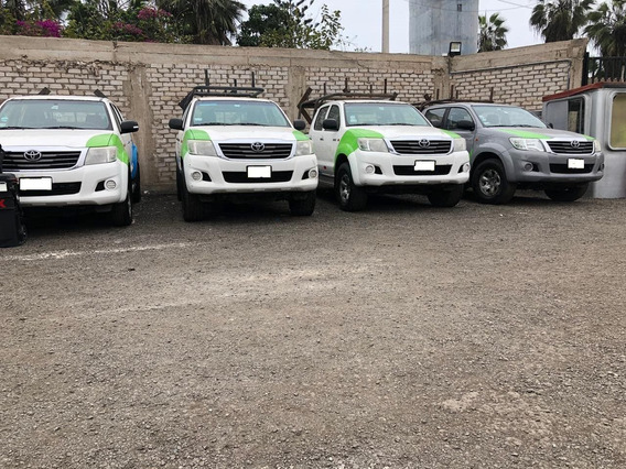 Empresa Vende Toyota Hilux 4x4 2014