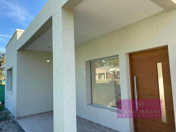 Casa En Venta Pilar Del Este Santa Elena Fondo A Laguna