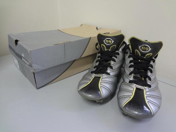 Chuteira Nike Ronaldo R9 Prata Rara