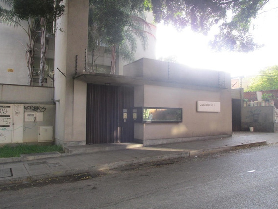 Apartamento En Alquiler La Castellana Mg Código 20-17339