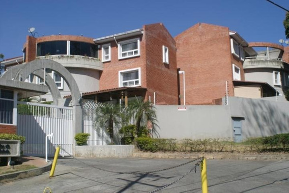 Townhouse En Venta La Union Rah3 Mls19-8385