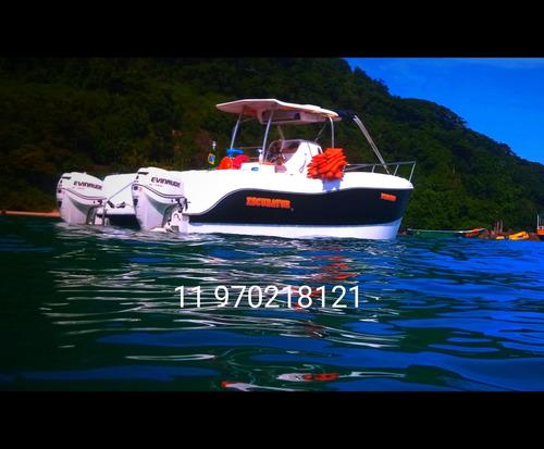 Lancha Catamarã 27