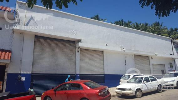 Bodega Industrial E Renta, Constitución, Col. Benito Juarez