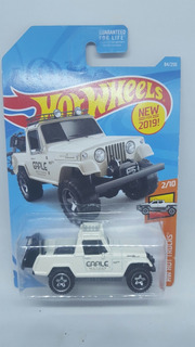 Hot Wheels 67 Jeepster Commando Hw Hot Trucks