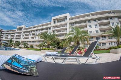 Club De Playa. Apartamentos En Alquiler, Lecheria.