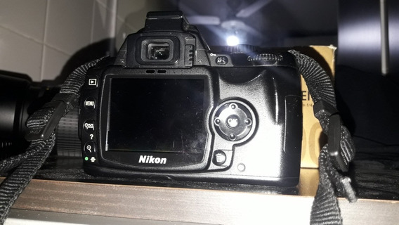 Camara Nikon D60