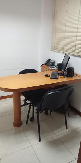 Alquiler Oficina Av. Libertador (ls04126041226)