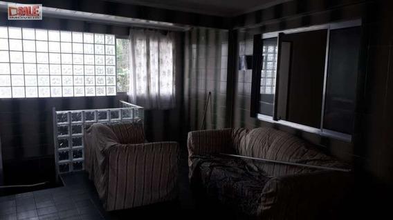 Sobrado Com 2 Dormitórios, Sala, Cozinha, Banheiro, Terraço.
