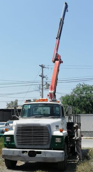 Camion Con Grua Articulada Hiab De 4 Tons