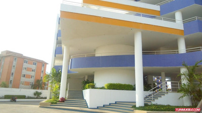 Apartamentos En Alquiler- Coral Plaza