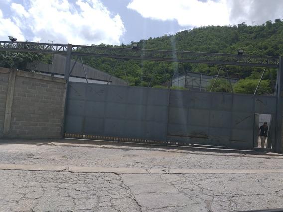 Dos(02) Galpones Centro Acopio Mampote